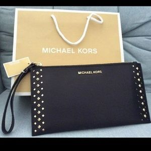 New clutch wristlet Michael kors AUTHENTIC WALLET